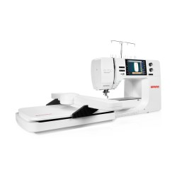 Bernina B 700 Embroidery machine